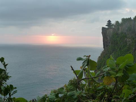 Uluwatu temple cliff view, again